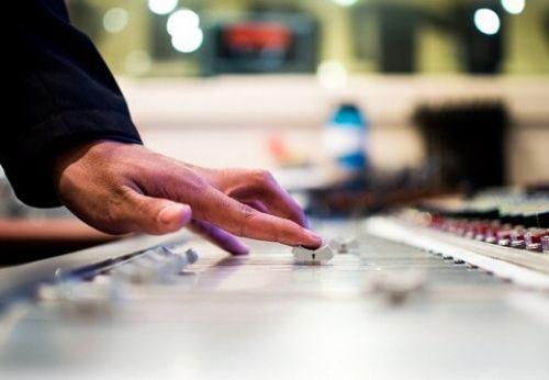 Bien choisir son DJ de mariage