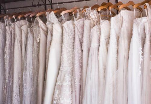 Bien choisir sa robe de mariée et ses accessoires